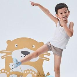 愛玩耍的水獺男童四角褲