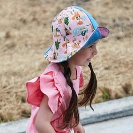 【小牛村 Calf Village】熊與狐狸露營趣(粉)雙面遮陽帽 (兒童款)附繩